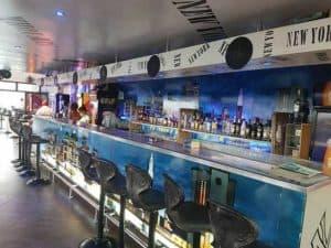 Bar de nuit ambiance shisha Tamatave New York New York
