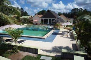 Hôtel Foulpointe piscine Lovencie