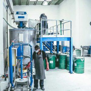 Usine de peinture vernis produit chimique Tamatave S2PC