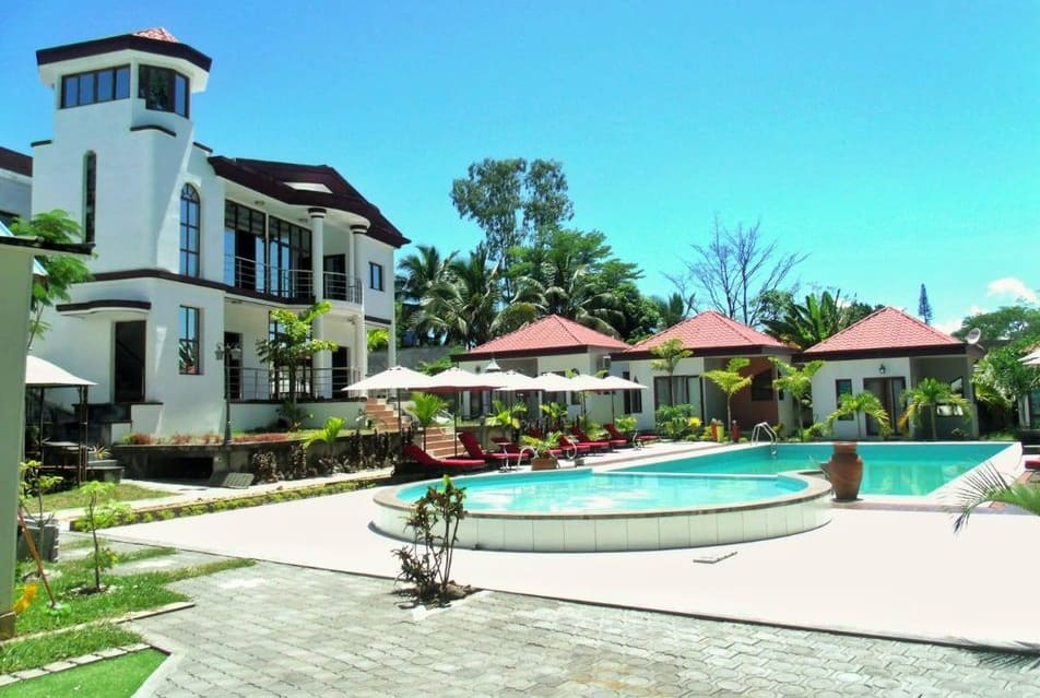 Hachel Hôtel Bungalow Foulpointe Madagascar