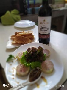 La Mezzanine Restaurant Pizzeria Glacier Brasserie Traiteur Tamatave Madagascar