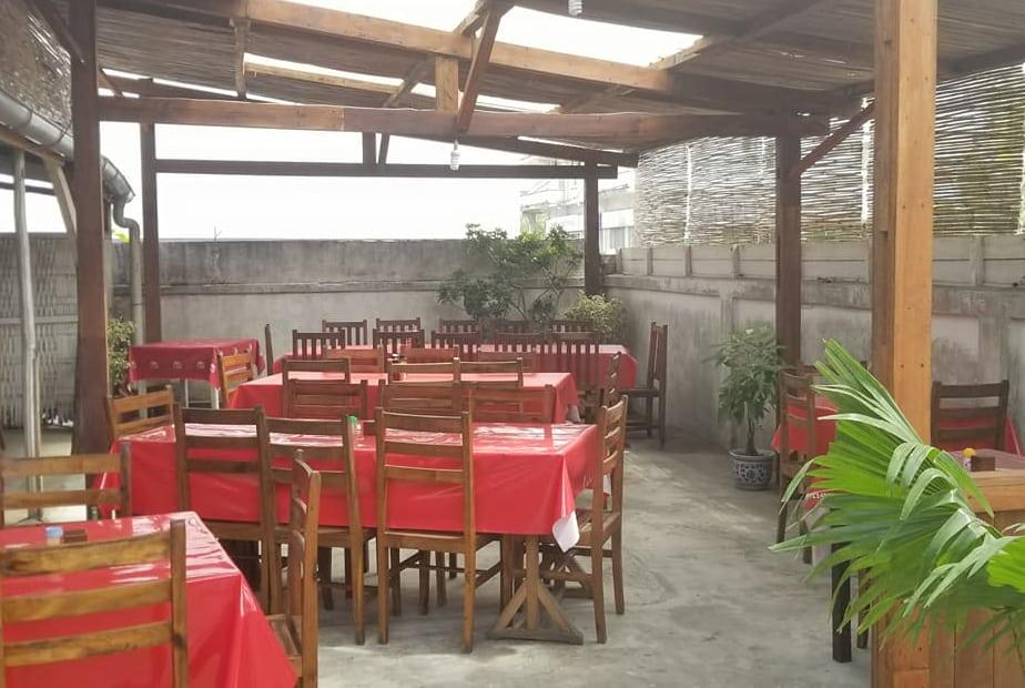 La Paillotte Restaurant Cuisine Européenne Malgache Tamatave Madagascar