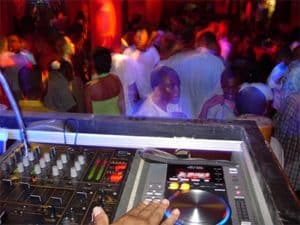 Le Neptune Havana Night Club Bar Discothèque Tamatave Madagascar