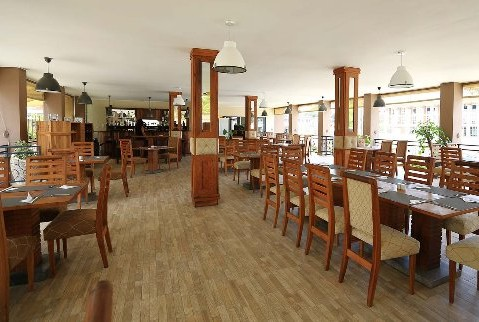 Gare Des Manguiers Restaurants Bar Tamatave Mada