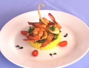 Blue Bay Hôtel 3 étoiles Piscine Restaurant Villa Bungalow Majunga Madagascar