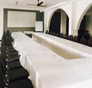 Hôtel Du Phare Chambres Appartements Piscine Salle De Séminaire Réception Majunga Madagascar 6