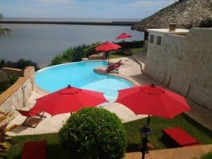 Karibu Lodge Hôtel Suites Restaurant Piscine Majunga Madagascar