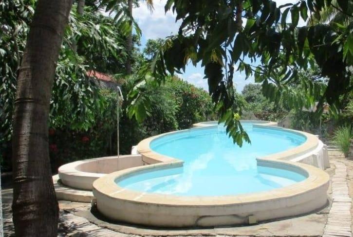 Villa Mena Hôtel Bungalows Studio Piscine Majunga Madagascar