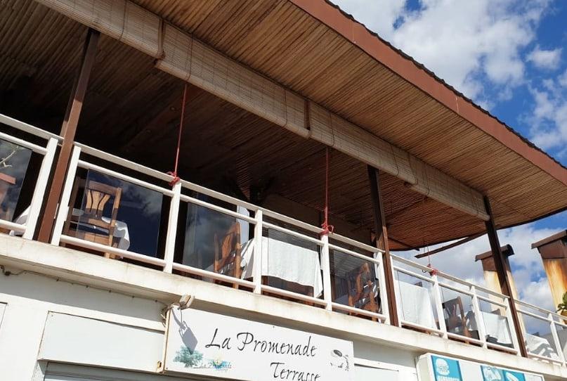 Restaurant La Promenade Pizza Grillade Cuisine Locale Européenne Majunga Madagascar
