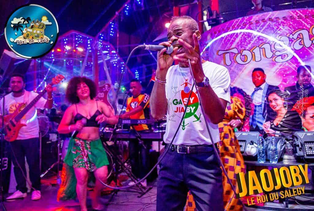 Taxi Be Tananarive Karaoké Bar Concert Live Tana Madagascar