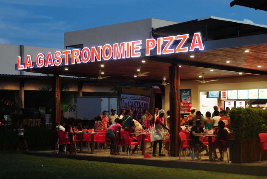 La Gastronomie Pizza Pizzeria Restaurant Patisserie Glace Tana Madagascar